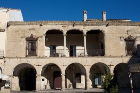 Take cookery and art courses in the little known Spanish walled town of Trujillo