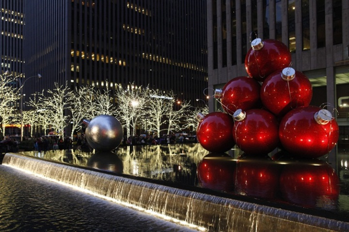 midtown NYV at Christmas