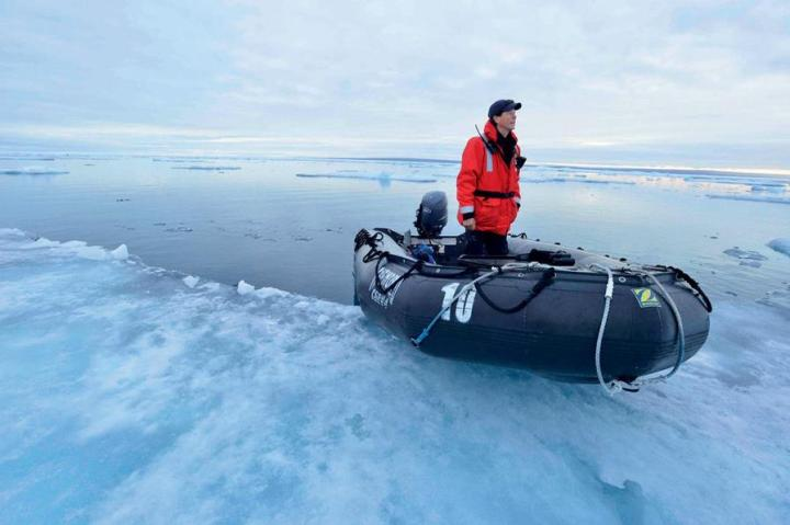 Travelling in the North West Passage