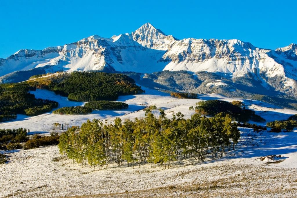 Snow in Rocky Mountain National Park, Colorado USA