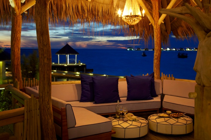 The Treehouse by night, Viceroy Maldives