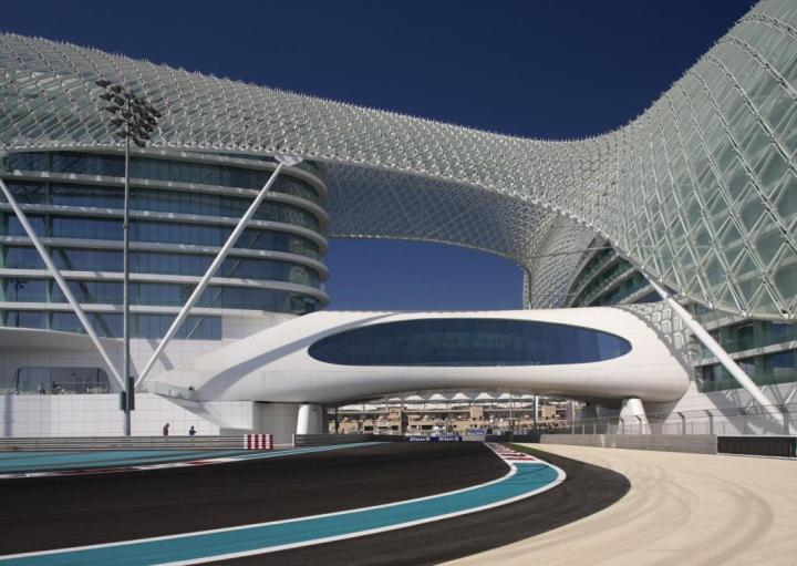 Yas Viceroy Abu Dhabi, suspended over the F1 track