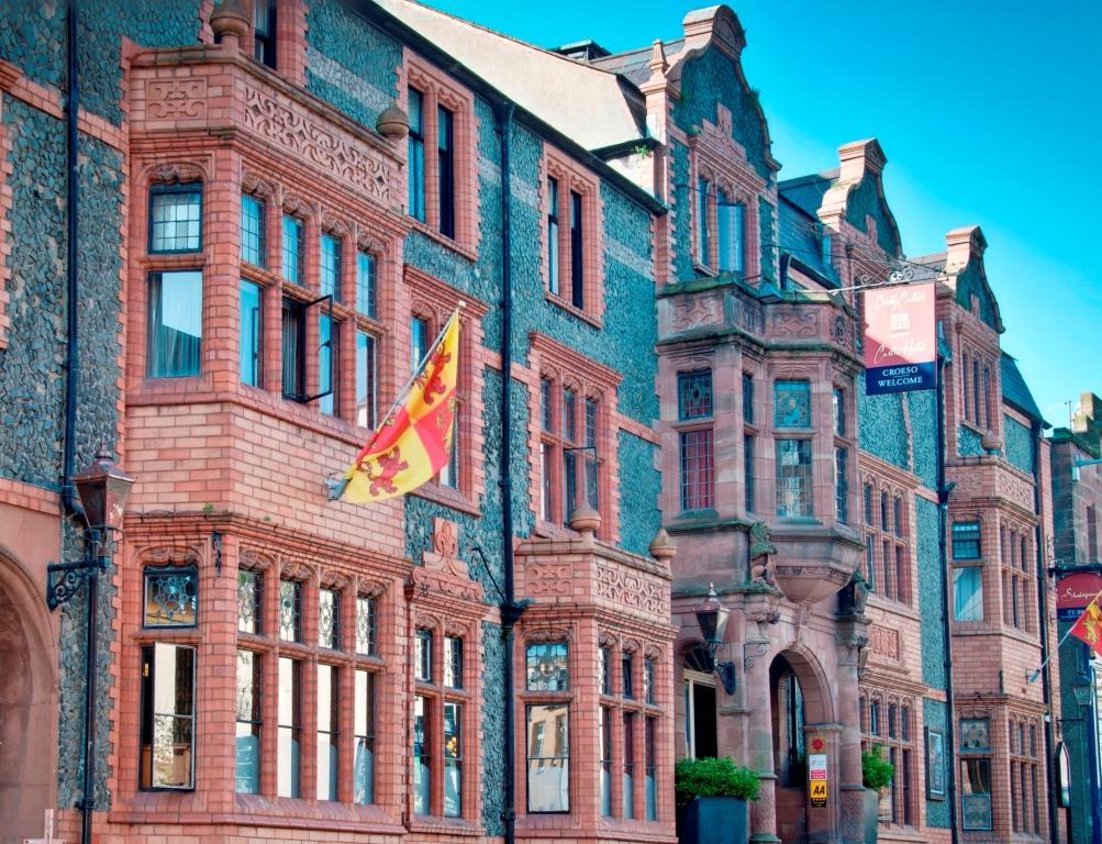 Castle Hotel Conwy Dog Friendly