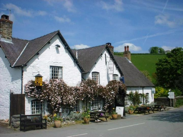 The West Arms